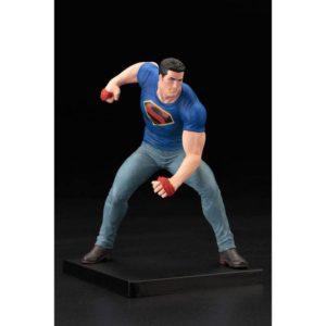 CLARK KENT STATUETTE PVC - ARTFX+ - ÉCHELLE 1-10 - SUPERMAN ACTION COMICS THRUTH - DC COMICS - SDCC 2016 - KOTOBUKIYA - 20 CM - 4934054902835 - kingdom-figurine.fr