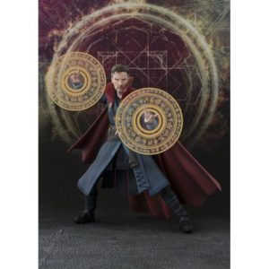 DOCTOR STRANGE FIGURINE ARTICULÉE -BURNING FLAME SET - S.H. FIGUARTS TAMASHII -NATIONS - 15 CM - 4549660151791 - kingdom-figurine.fr