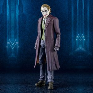 THE JOKER FIGURINE ARTICULÉE -BATMAN THE DARK KNIGHT -S.H. FIGUARTS -TAMASHII NATIONS - 16 CM - 4549660149507 - kingdom-figurine.fr