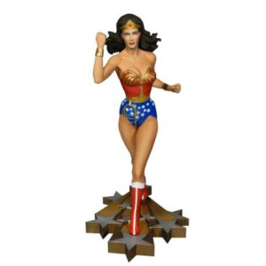 WONDER WOMAN STATUETTE RÉSINE - THE NEW ADVENTURE OF WONDER WOMAN MAQUETTE - DC COMICS -TWEETERHEAD - 34 CM - 0 - TWTH902973 – 040232584626 – kingdom-figurine.fr