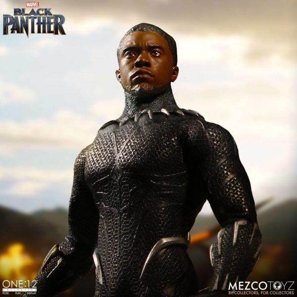 BLACK PANTHER FIGURINE ARTICULÉE - MARVEL UNIVERSE – ONE 12 - MEZCO TOYS - 17 CM – (3) - 696198769807 – kingdom-figurine.fr