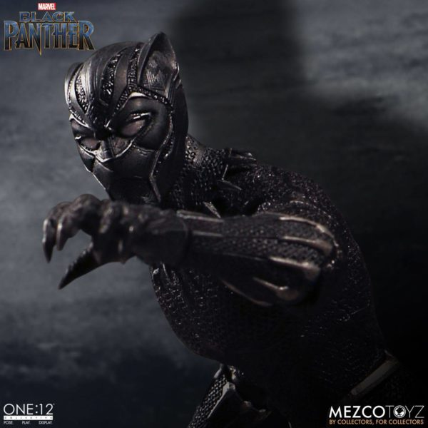 BLACK PANTHER FIGURINE ARTICULÉE - MARVEL UNIVERSE – ONE 12 - MEZCO TOYS - 17 CM – (5) - 696198769807 – kingdom-figurine.fr