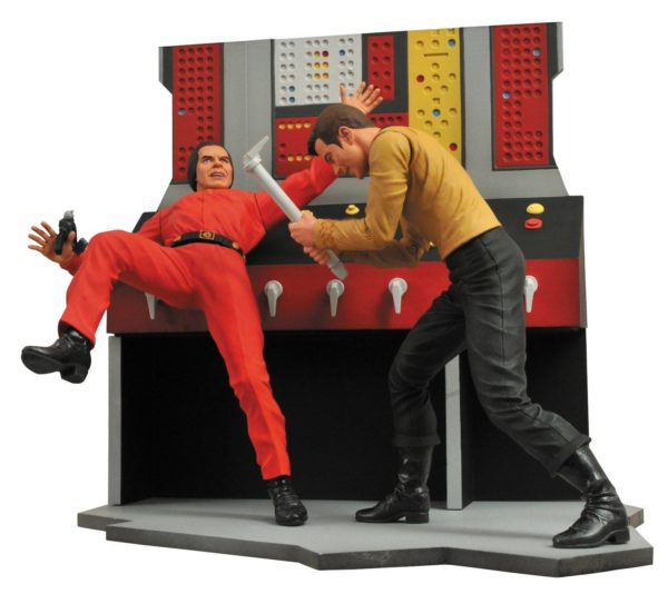 CAPTAIN KIRK FIGURINE - STAR TREK - DIAMOND SELECT TOYS - 18 CM – (3) - 699788178508 – kingdom-figurine.fr