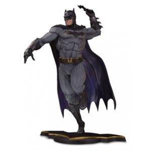 BATMAN STATUETTE - DC CORE - DC COLLECTIBLES 23 CM – (1) - 761941352213 – kingdom-figurine.fr
