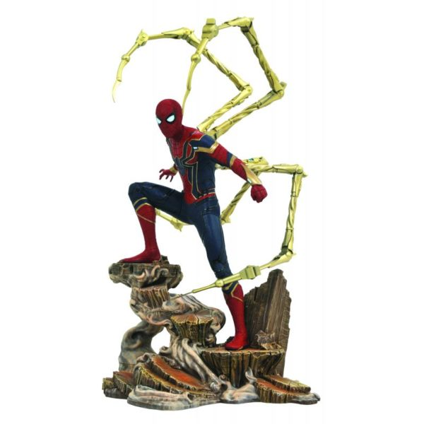 IRON SPIDER-MAN STATUE - AVENGERS INFINITY WAR - MARVEL MOVIE GALLERY - DIAMOND SELECT TOYS - 23 CM – (2) - 699788828618 – kingdom-figurine.fr