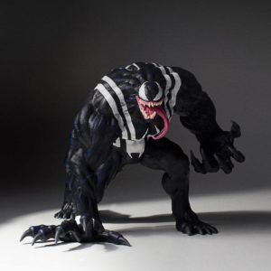 VENOM STATUE RÉSINE – 1-8 - MARVEL - COLLECTORS GALLERY - GENTLE GIANT - 18 CM – (1) - 814176022014 – kingdom-figurine.fr