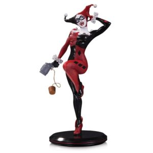 HARLEY QUINN BY JOELLE JONES STATUE DC COVER GIRLS DC COLECTIBLES 28 CM (1Bis) 761941349695 kingdom-figurine.fr