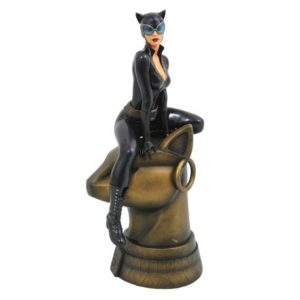 CATWOMAN STATUE DC GALLERY DIAMOND SELECT TOYS 23 CM (1) 699788828229 kingdom-figurine.fr