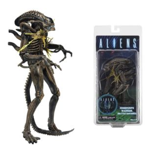 XENOMORPH WARRIOR FIGURINE ALIENS BATTLE DAMAGED NECA 18 CM (1) 634482516812 kingdom-figurine.fr