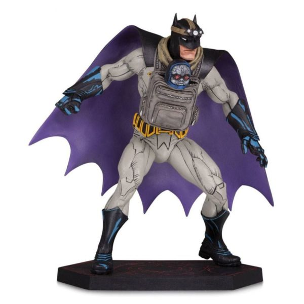 BATMAN AND DARKSEID BABY STATUE DARK NIGHTS METAL DC COLLECTIBLES 15 CM (1) 761941358840 kingdom-figurine.fr