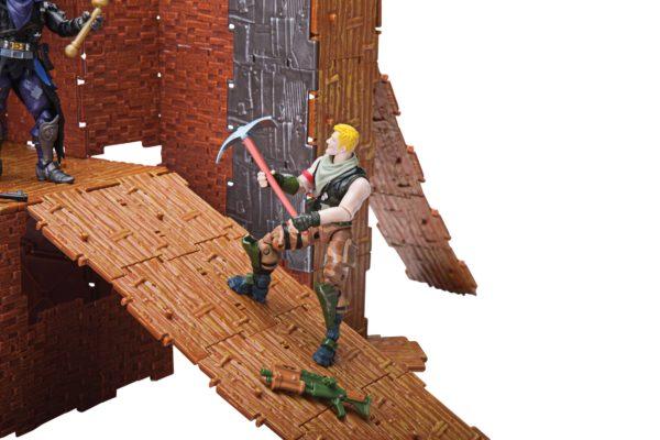 FORTNITE PLAYSET TURBO BUILDER AVEC FIGURINES JONESY & RAVEN 4 (9) 191726006404 kingdom-figurine.fr