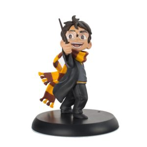 HARRY'S FIRST SPELL FIGURINE HARRY POTTER Q-FIG 10 CM (1bis) 812095022627 kingdom-figurine.fr