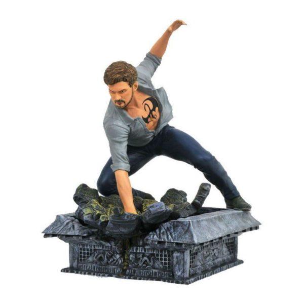 IRON FIST STATUE NETFLIX DEFENDERS MARVEL TV GALLERY DIAMOND SELECT TOYS 23 CM (1) 699788826591 kingdom-figurine.fr