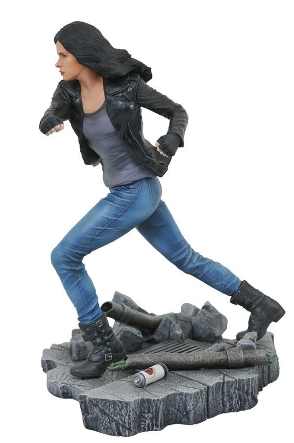 JESSICA JONES STATUE NETFLIX DEFENDERS MARVEL TV GALLERY DIAMOND SELECT TOYS 23 CM (2) 699788826577 kingdom-figurine.fr