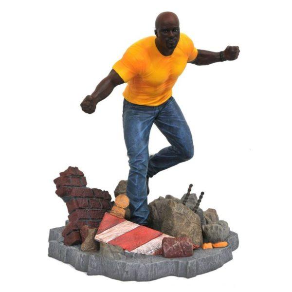 LUKE CAGE STATUE NETFLIX DEFENDERS MARVEL TV GALLERY DIAMOND SELECT TOYS 23 CM (1) 699788826584 kingdom-figurine.fr