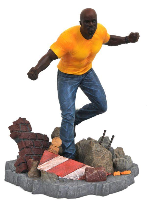 LUKE CAGE STATUE NETFLIX DEFENDERS MARVEL TV GALLERY DIAMOND SELECT TOYS 23 CM (1bis) 699788826584 kingdom-figurine.fr