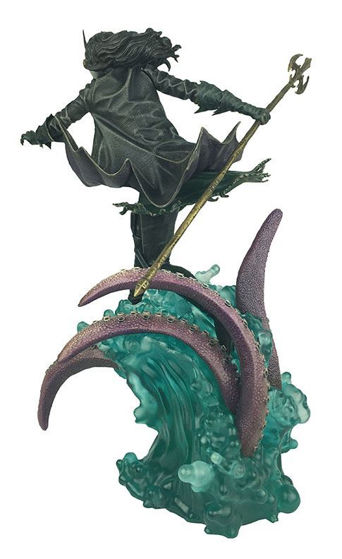 THE DROWNED STATUE DARK NIGHTS METAL DC COMIC GALLERY DIAMOND SELECT TOYS 25 CM (3) 699788833377 kingdom-figurine.fr