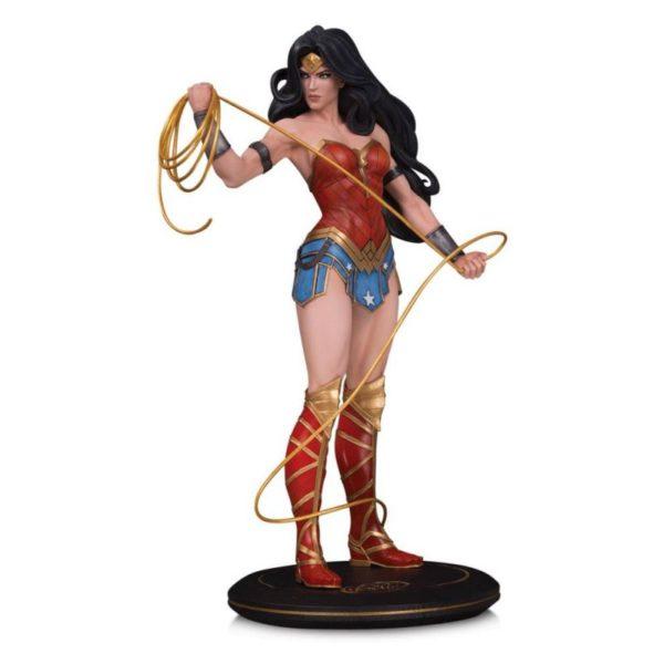 WONDER WOMAN BY JOELLE JONES STATUE DC COVER GIRLS DC COLLECTIBLES 28 CM (1) 761941355597 kingdom-figurine.fr