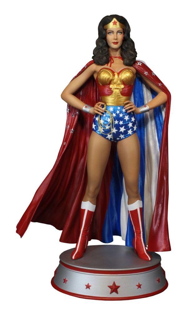 WONDER WOMAN CAPE VARIANT STATUE DC COMICS TWEETERHEAD 33 CM (2) TWTH904273 kingdom-figurine.fr