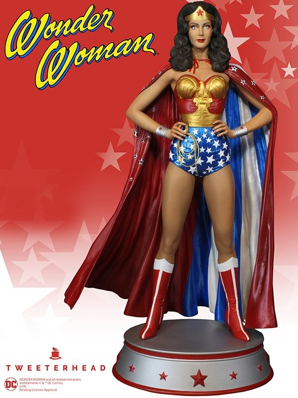 WONDER WOMAN CAPE VARIANT STATUE DC COMICS TWEETERHEAD 33 CM (3) TWTH904273 kingdom-figurine.fr