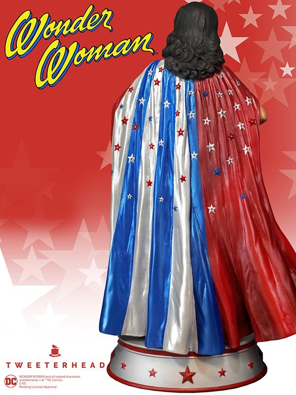 WONDER WOMAN CAPE VARIANT STATUE DC COMICS TWEETERHEAD 33 CM (4) TWTH904273 kingdom-figurine.fr