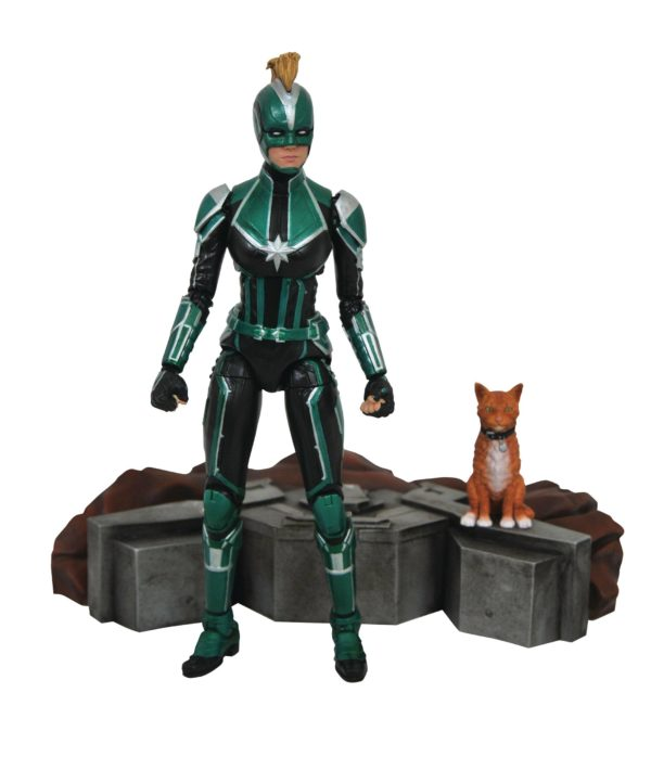 CAPTAIN MARVEL STARFORCE UNIFORM FIGURINE MARVEL SELECT DIAMOND SELECT TOYS 18 CM (2) 699788833636 kingdom-figurine.fr