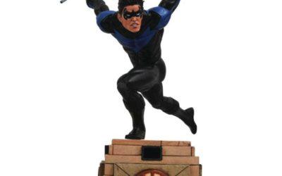 Six figurines de Nightwing pas chères