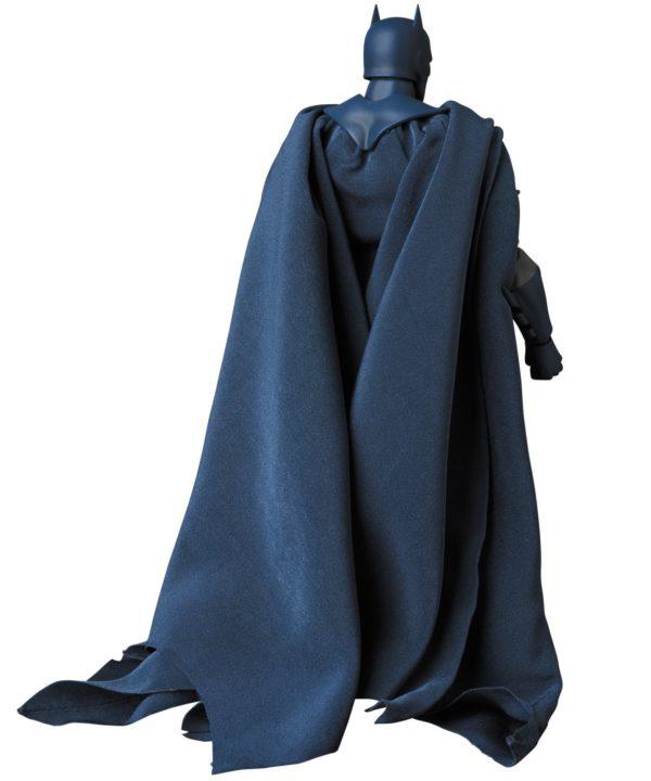 BATMAN HUSH FIGURINE MAF EX MEDICOM TOYS 16 CM (7) 4530956471051 kingdom-figurine.fr