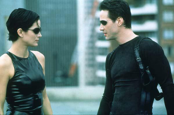 Néo et Trinity dans Matrix 1