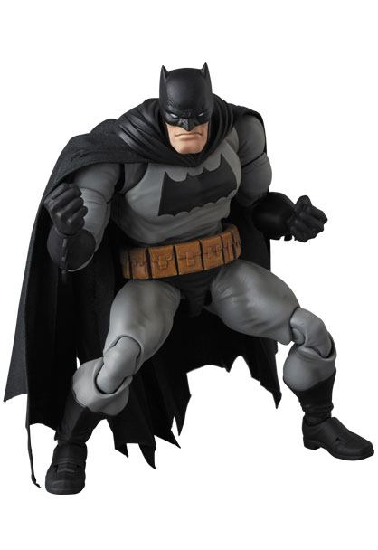 BATMAN THE DARK KNIGHT RETURNS FIGURINE MAF EX MEDICOM TOYS 16 CM (2) 4530956471068 kingdom-figurine.fr