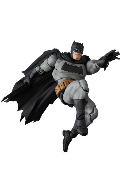 BATMAN THE DARK KNIGHT RETURNS FIGURINE MAF EX MEDICOM TOYS 16 CM (3) 4530956471068 kingdom-figurine.fr