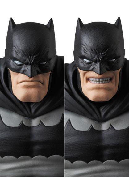 BATMAN THE DARK KNIGHT RETURNS FIGURINE MAF EX MEDICOM TOYS 16 CM (6) 4530956471068 kingdom-figurine.fr
