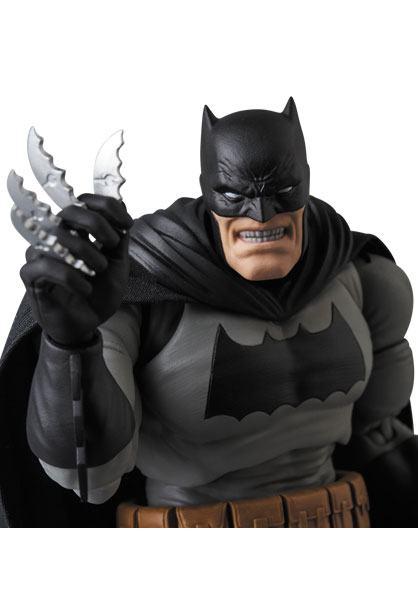 BATMAN THE DARK KNIGHT RETURNS FIGURINE MAF EX MEDICOM TOYS 16 CM (7) 4530956471068 kingdom-figurine.fr