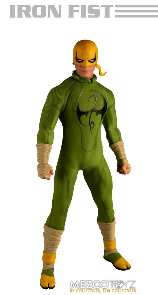 IRON FIST FIGURINE MARVEL ONE 12 MEZCO TOYS 17 CM (0) 696198775006 kingdom-figurine.fr.