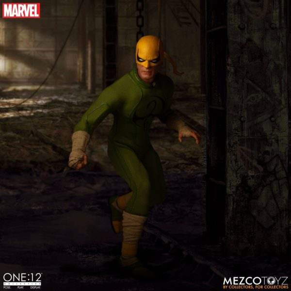 IRON FIST FIGURINE MARVEL ONE 12 MEZCO TOYS 17 CM (13) 696198775006 kingdom-figurine.fr.