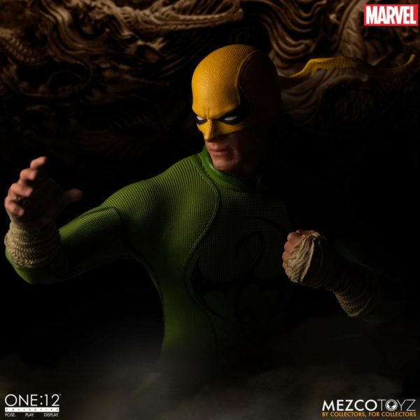 IRON FIST FIGURINE MARVEL ONE 12 MEZCO TOYS 17 CM (5) 696198775006 kingdom-figurine.fr.