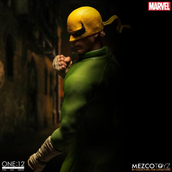 IRON FIST FIGURINE MARVEL ONE 12 MEZCO TOYS 17 CM (6) 696198775006 kingdom-figurine.fr.