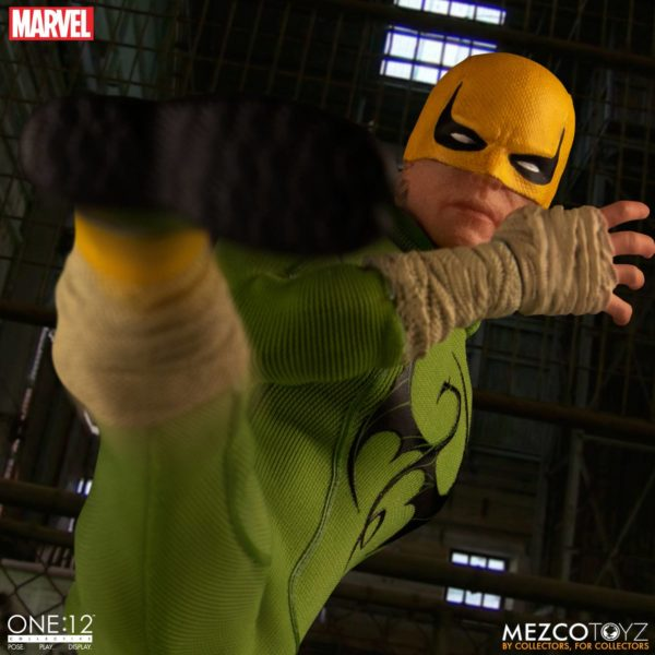 IRON FIST FIGURINE MARVEL ONE 12 MEZCO TOYS 17 CM (7) 696198775006 kingdom-figurine.fr.