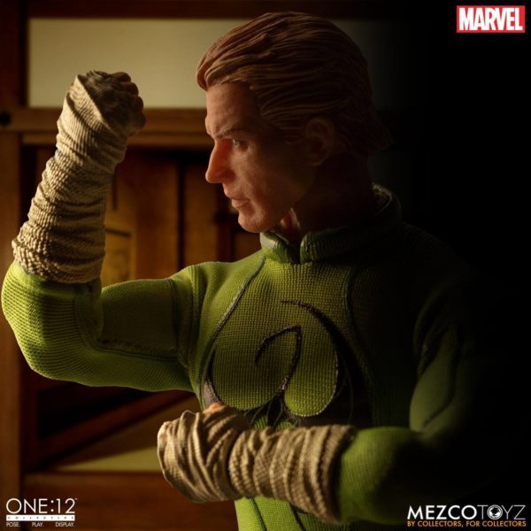 IRON FIST FIGURINE MARVEL ONE 12 MEZCO TOYS 17 CM (9) 696198775006 kingdom-figurine.fr.