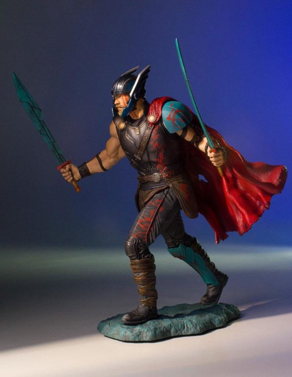 THOR RAGNAROK STATUETTE 1-8 MARVEL COLLECTORS GALLERY GENTLE GIANT 23 CM (5) 814176020331 kingdom-figurine.fr