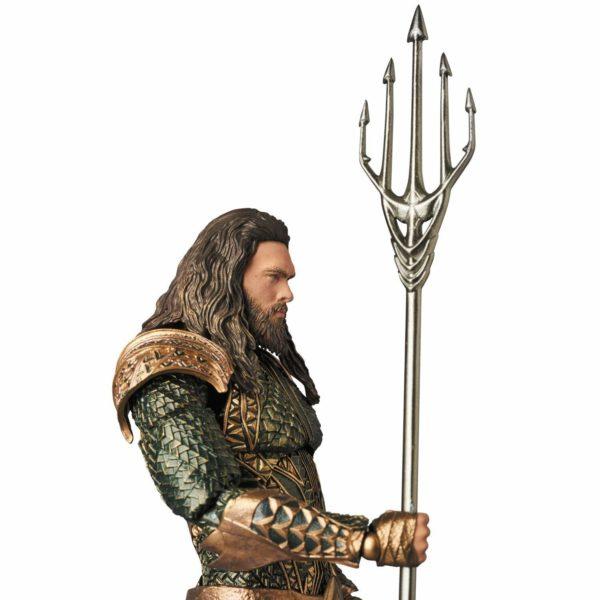 AQUAMAN FIGURINE JUSTICE LEAGUE MOVIE MAF EX MEDICOM TOYS 16 CM (4) 4530956470610 kingdom-figurine.fr