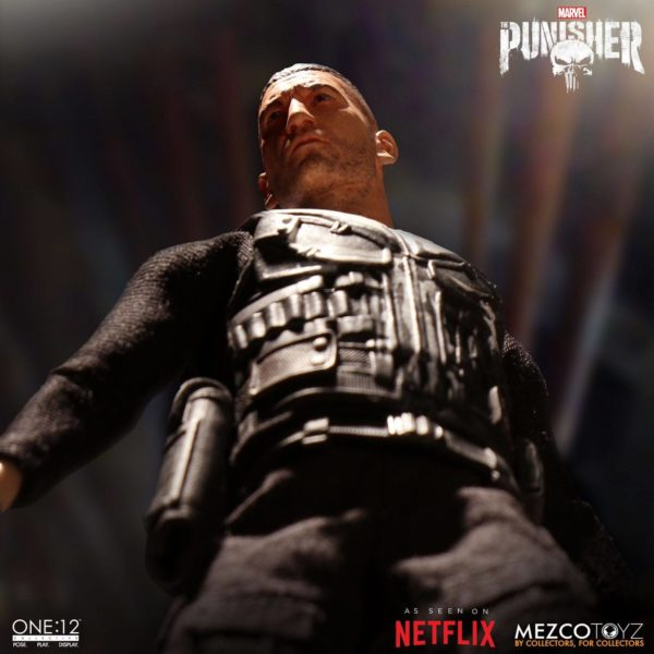 PUNISHER (TV SERIES) FIGURINE 1-12 MARVEL UNIVERSE ONE 12 MEZCO TOYS 17 CM (2) 696198767803 kingdom-figurine.fr