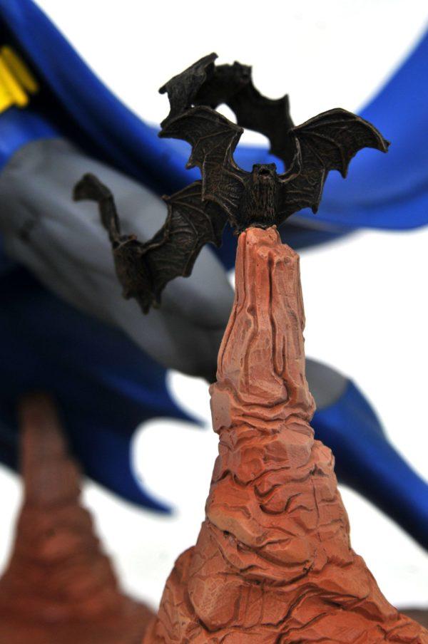 BATMAN BY NEAL ADAMS EXCLUSIVE STATUETTE DC COMIC GALLERY DIAMOND SELECT 28 CM (6) 699788834442 kingdom-figurine.fr