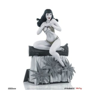 BETTIE PAGE BLACK & WHITE EDITION STATUETTE WOMEN OF DYNAMITE DYNAMITE ENTERTAINMENT 24 CM 725130275516 kingdom-figurine.fr