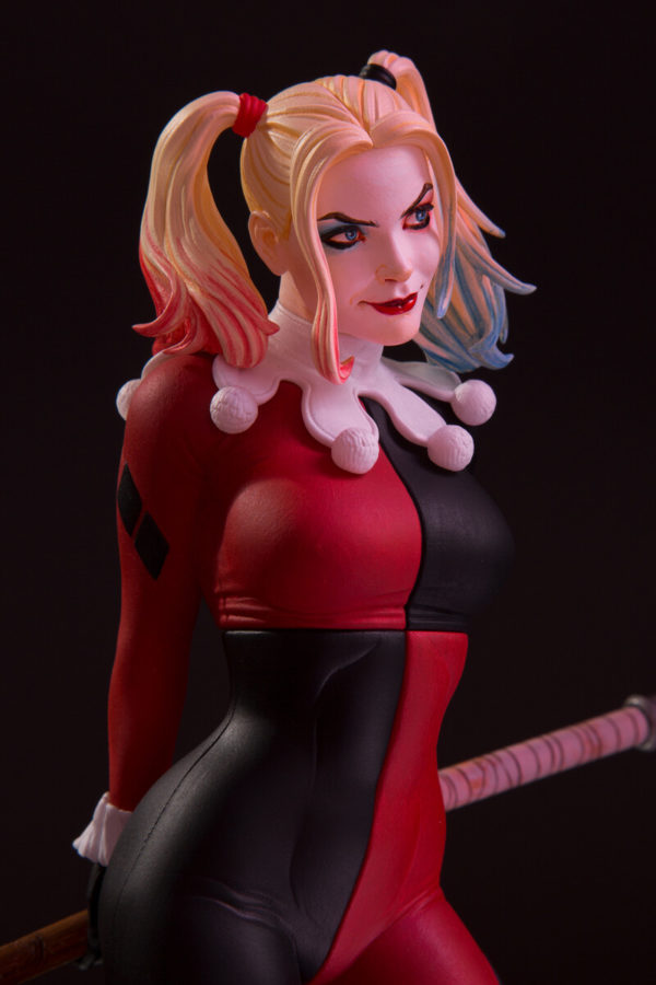 HARLEY QUINN BY FRANK CHO STATUETTE DC COVER GIRLS DC COLLECTIBLES 23 CM (1) 761941364131 kingdom-figurine.fr