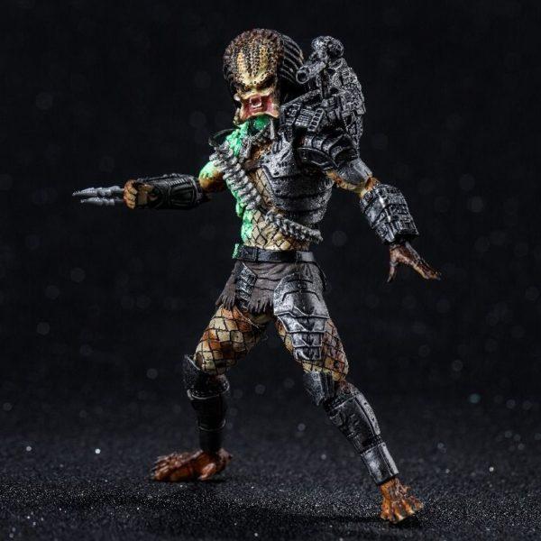 JUNGLE PREDATOR BATTLE DAMAGE FIGURINE 1-8 PREDATOR 11 CM (2) 6957534200533 kingdom-figurine.fr