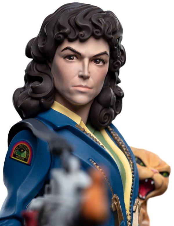 ELLEN RIPLEY FIGURINE ALIEN MINI EPICS WETA 15 CM 9420024730423 kingdom-figurine.fr (2)
