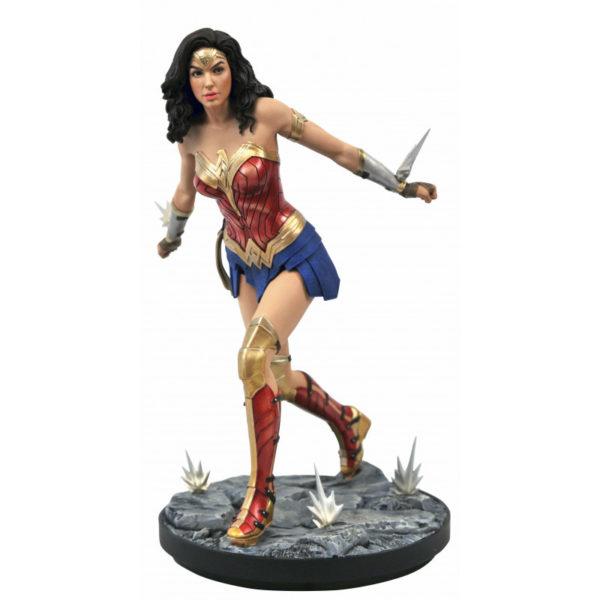 WONDER WOMAN 1984 STATUETTE DC MOVIE GALLERY DIAMOND SELECT 23 CM 699788840412 kingdom-figurine.fr