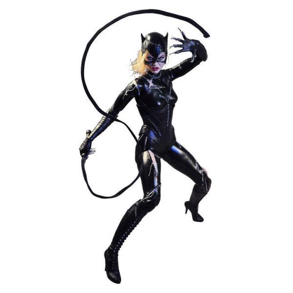 CATWOMAN MICHELLE PFEIFFER FIGURINE 14 BATMAN LE DEFI NECA 45 CM 634482614358 kingdom-figurine.fr (2)